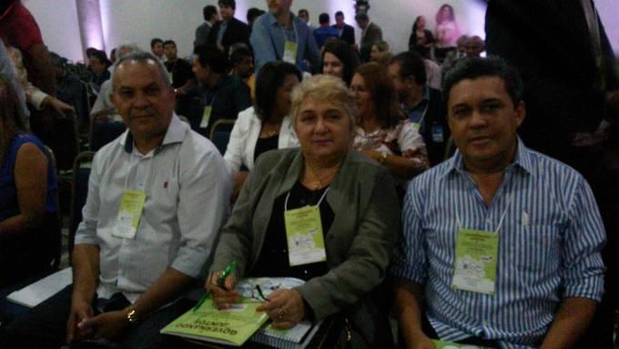 Photo of Prefeita eleita de Guimarães, Margarete Ribeiro, participa de Encontro de Prefeitos com seu vice Osvaldo Gomes