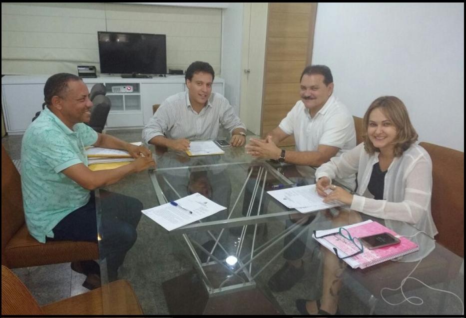 Photo of Luizinho Barros busca melhorias para a educação de São Bento