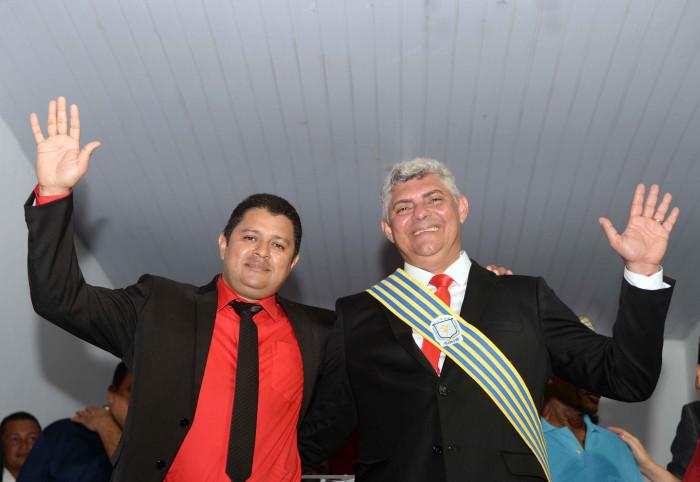 Photo of Em sua posse, prefeito reeleito Zé Martins anuncia 10 obras e ações para os primeiros 150 dias da nova gestão