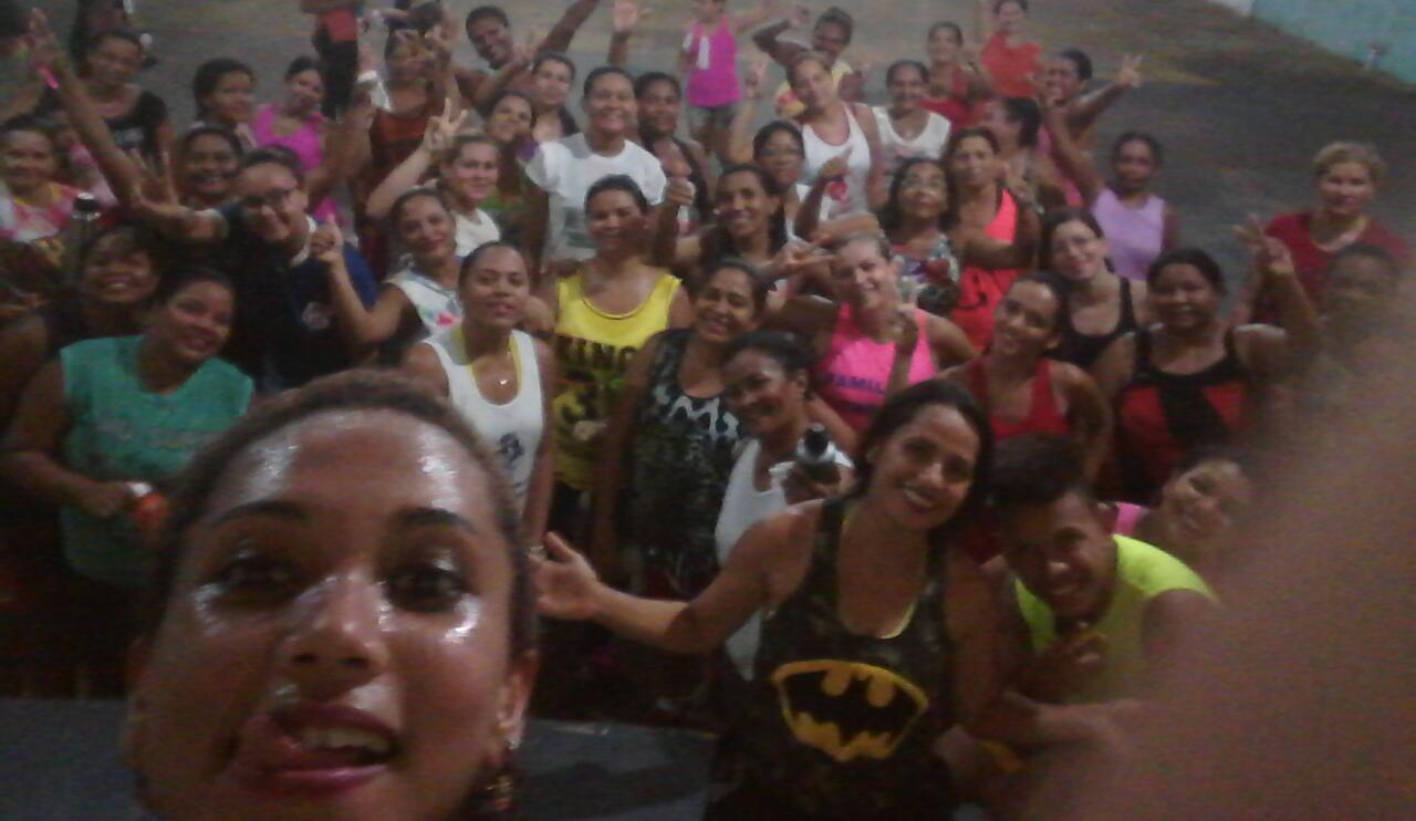 """Photo of Com o apoio da Vereadora Fátima Araújo, projeto """"Viva Mais Saúde"""", promove a alegria na comunidade"""