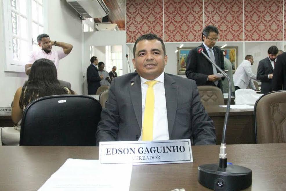 Photo of Edson Gaguinho pede recuperação asfáltica de avenida na Cidade Olímpica