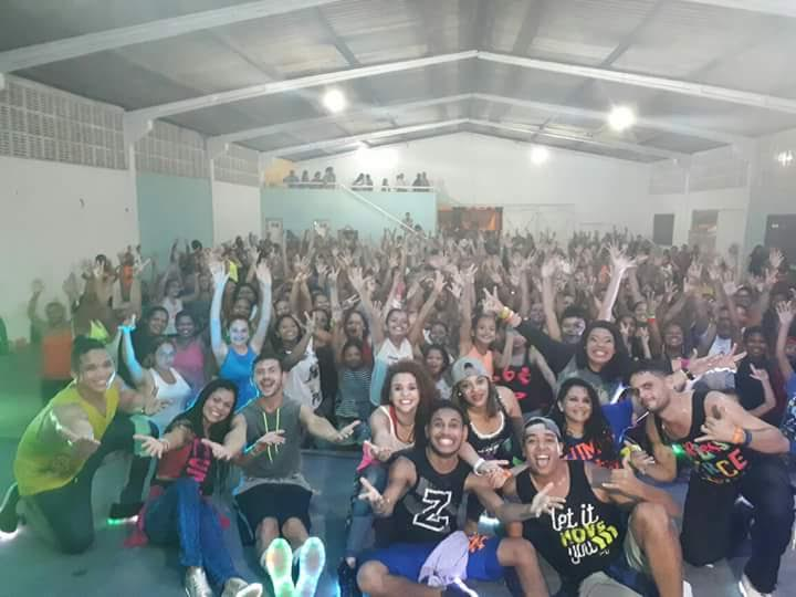 Photo of Zumba do Programa Viva Mais Saúde arrasta multidão no João de Deus