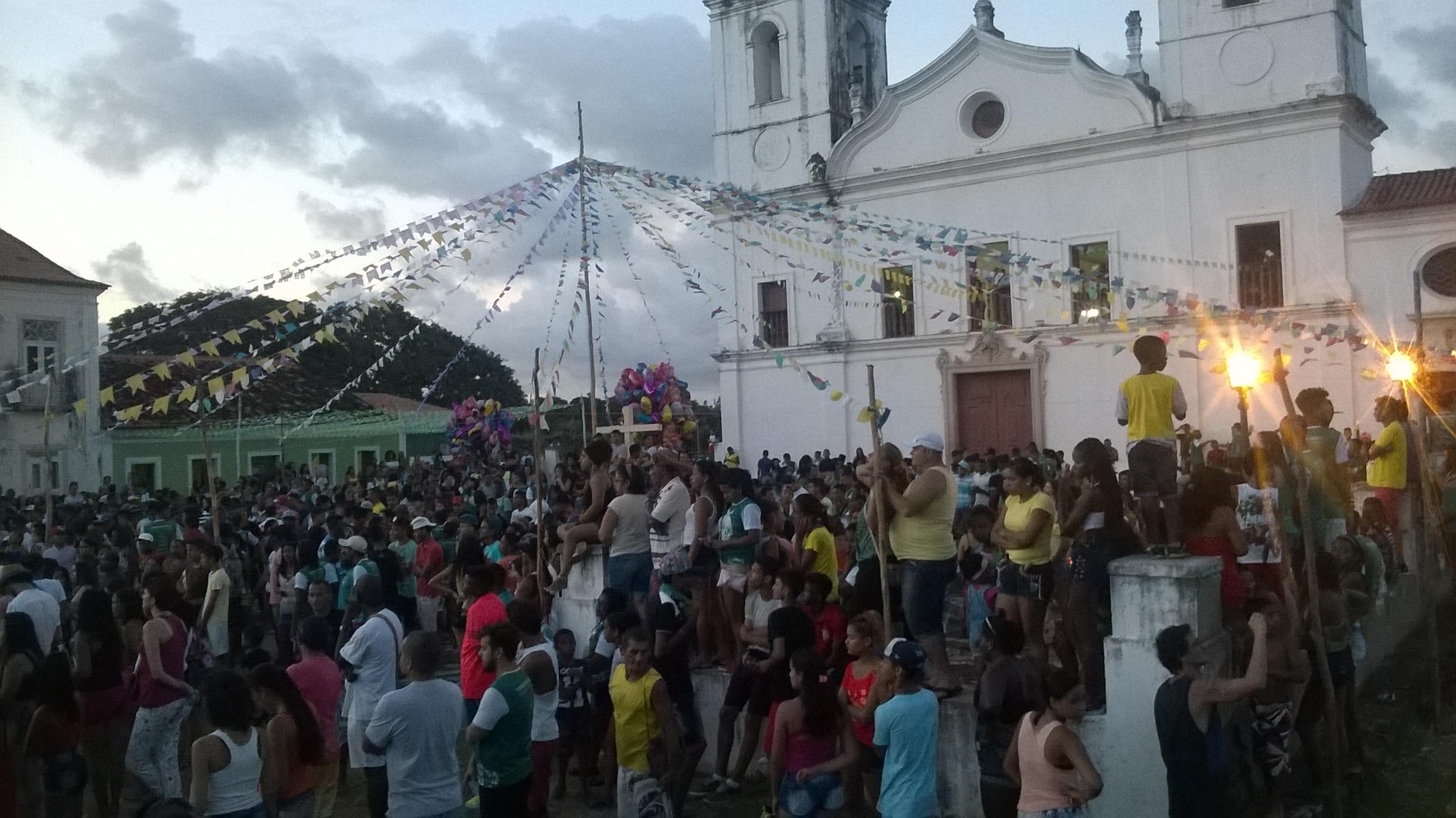 Photo of Fé e Devoção movimentam a Festa do Divino Espírito Santo em Alcântara-MA