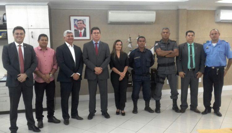 Photo of Prefeito Zé Martins participa de reunião com o Secretário de Segurança do Maranhão