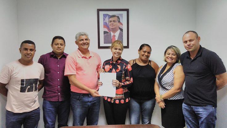 Photo of Prefeito Zé Martins assina convênio de Operacionalização com Detran/MA
