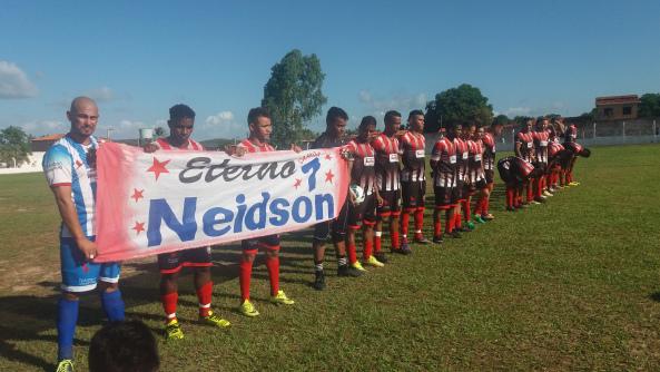 Photo of Seleção de Bequimão joga bem, mas perde jogo e título da Copa Conguarás
