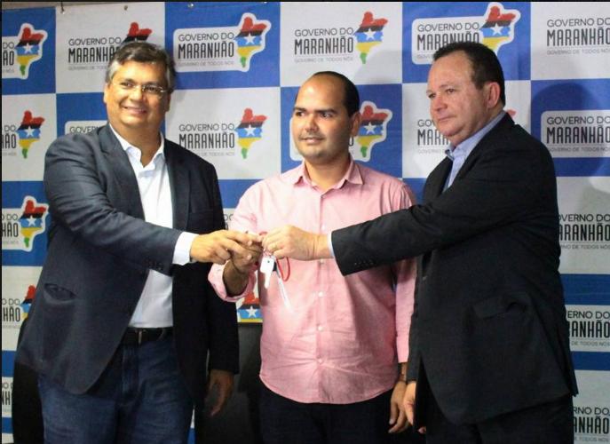 Photo of Prefeito de Alcântara recebe motocicleta para fortalecer ações da PM