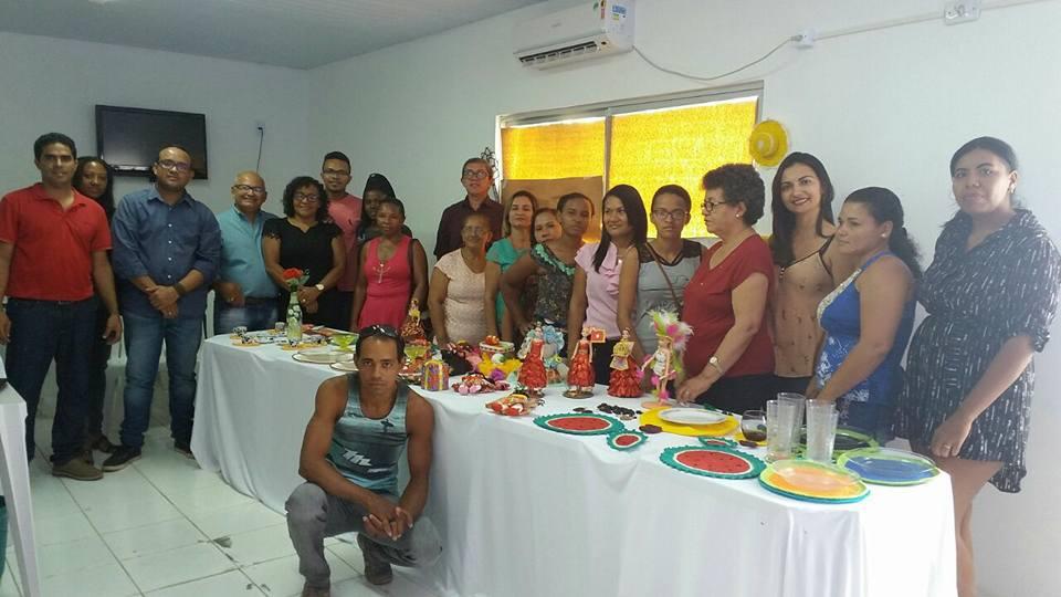 Photo of Sebrae e Prefeitura capacitam artesãos em Bequimão