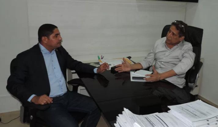 Photo of Zé Inácio trata com Canindé Barros sobre a Lei do Bilhete Único de São Luís