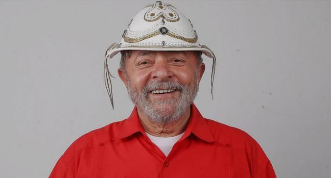 Photo of Lula diz que quer enfrentar alguém com a marca da Globo na testa em 2018