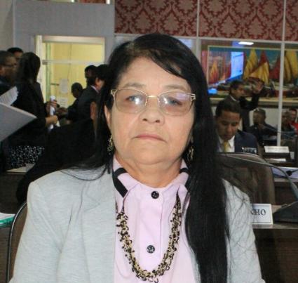 Photo of Fátima Araújo: 136 ruas já foram asfaltadas no bairro João de Deus