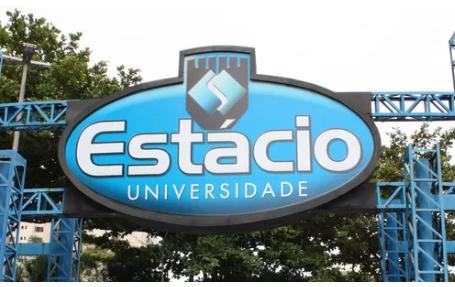 Photo of Estácio demite 1,2 mil professores após novas regras trabalhistas entrarem em vigor