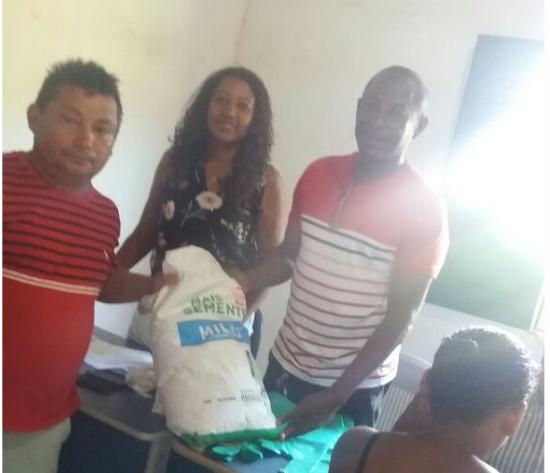Photo of Prefeitura de Bequimão entrega mais de uma tonelada de sementes de milho para agricultores