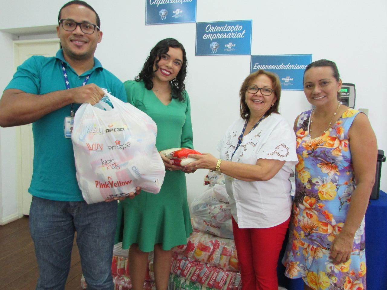 Photo of Sebrae doa alimentos para instituições filantrópicas em Pinheiro