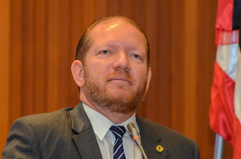 Photo of Othelino Neto mostra sua força na articulação política do Estado