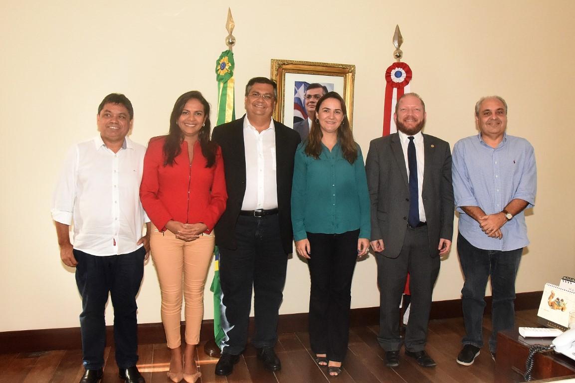 Photo of Othelino Neto acompanha Ana do Gás em reunião com o governador Flávio Dino