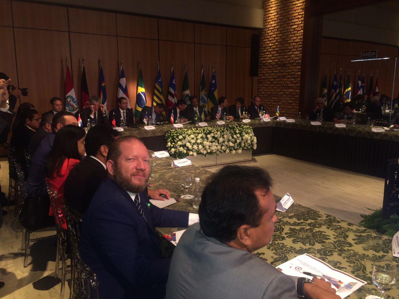 Photo of Othelino Neto participa do Encontro de Governadores do Nordeste