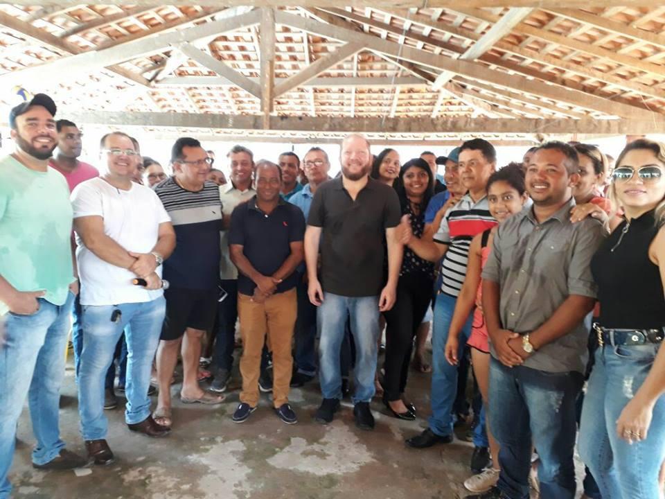 Photo of Heliezer Soares mostra força política em Peri-Mirim e recebe Othelino Neto com várias lideranças
