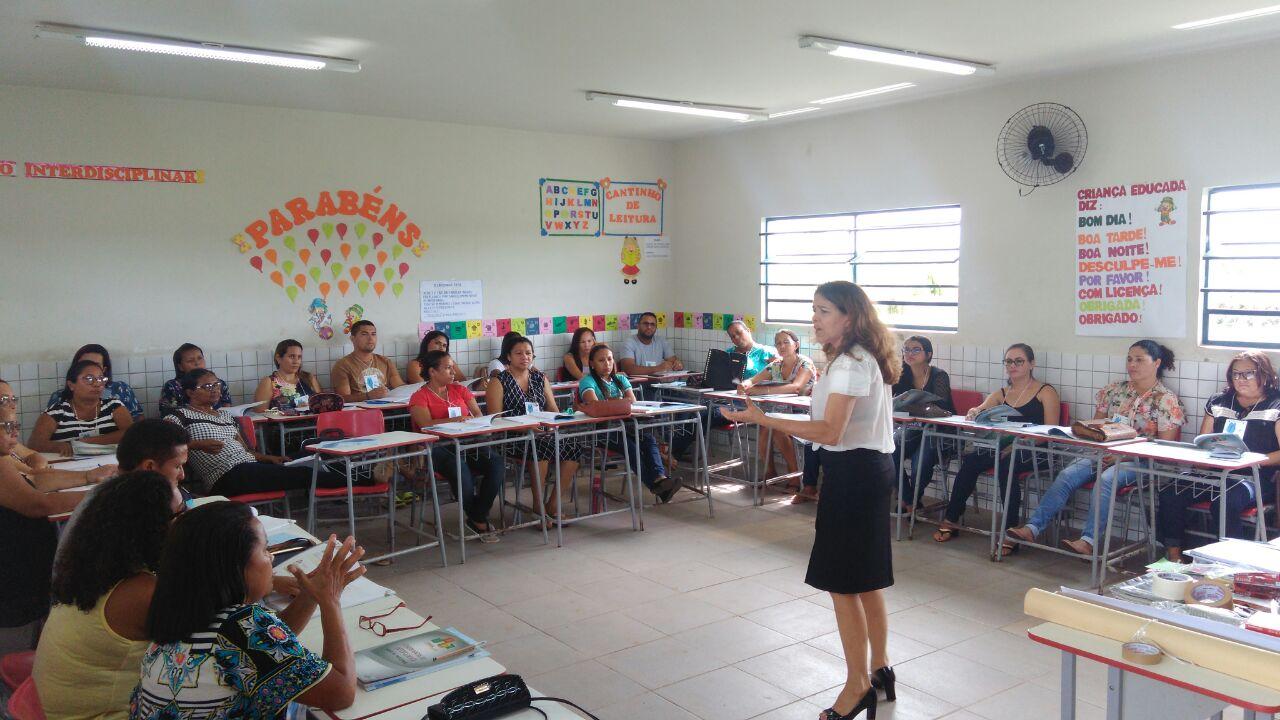 Photo of Sebrae capacita professores de Bequimão para atuar no programa Jovens Empreendedores Primeiros Passos