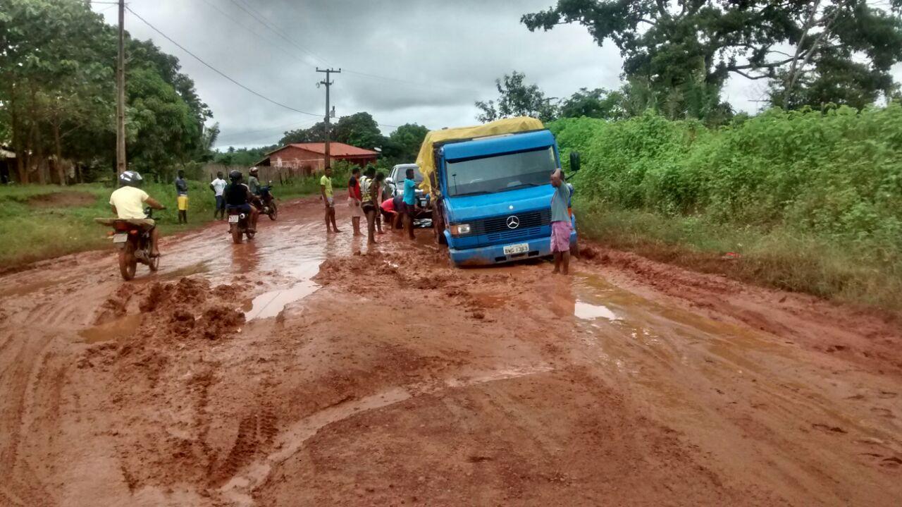 Photo of Estrada do peixe virou estrada do lamaçal na baixada maranhense