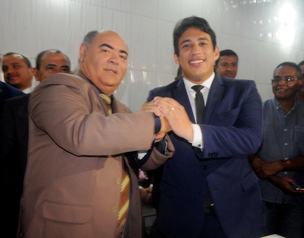 Photo of Osmar Filho é o novo presidente da Câmara Municipal de São Luís para o biênio 2019-2020