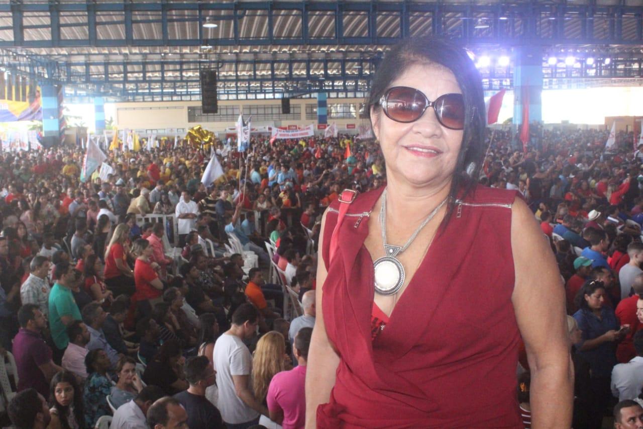 Photo of Vereadora Fátima Araújo prestigia Convenção do PCdoB
