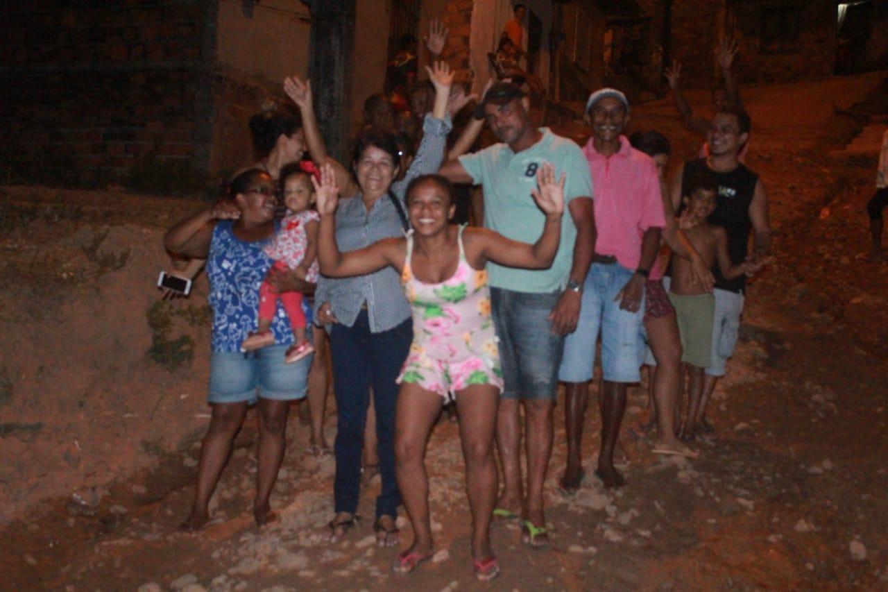 Photo of Vereadora Fátima Araújo reúne com moradores do Residencial João Alberto