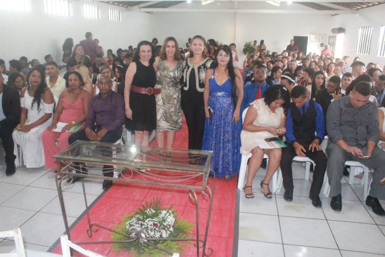 Photo of Casamento Comunitário reúne 80 casais no bairro João de Deus em São Luís-MA