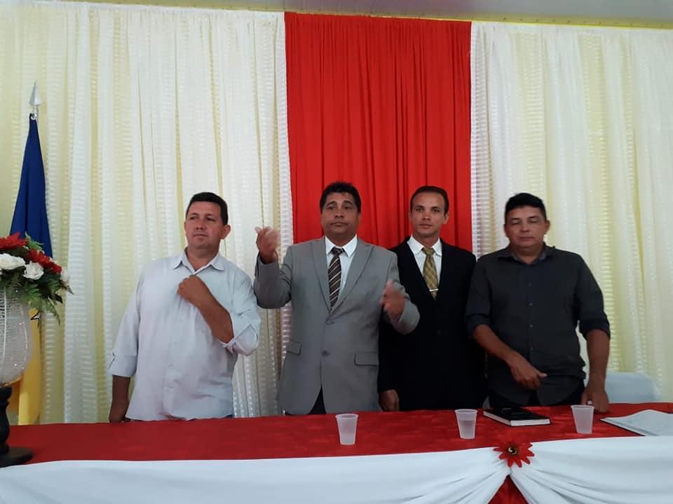 Photo of Vereador Valmir é empossado presidente da Câmara de Bequimão-MA