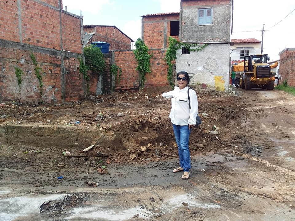 Photo of A pedido de Fátima Araújo, terreno é limpo no Residencial João Alberto