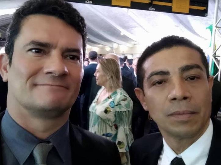 Photo of Pastor Gildenemyr declara apoio ao projeto Anticrime do ministro Sérgio Moro