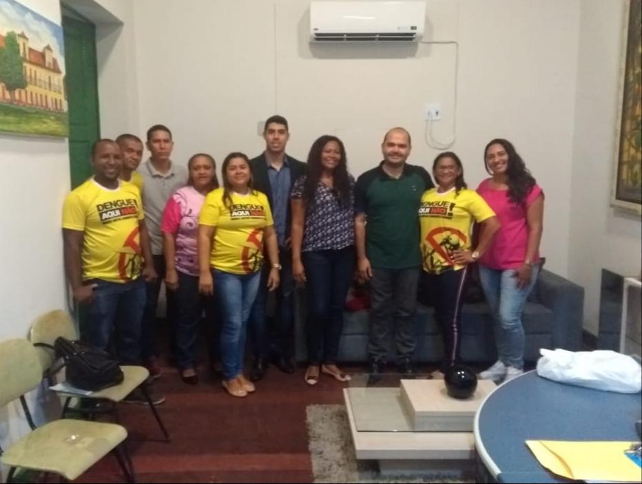 Photo of Prefeito de Alcântara vai implantar plano de cargos e salários aos Agentes Comunitários de Saúde