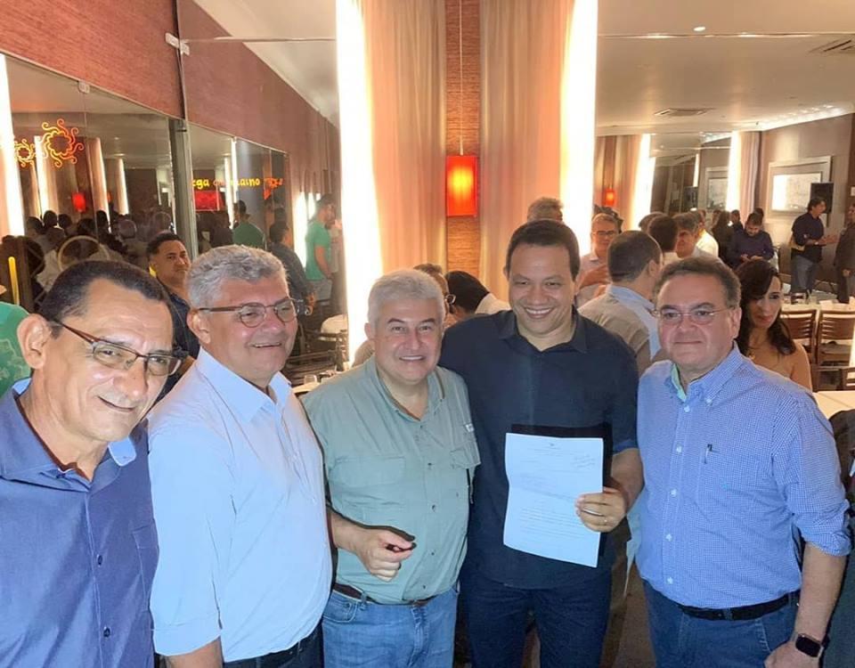 Photo of Zé Martins e Roberto Rocha participam de jantar com ministro Marcos Pontes