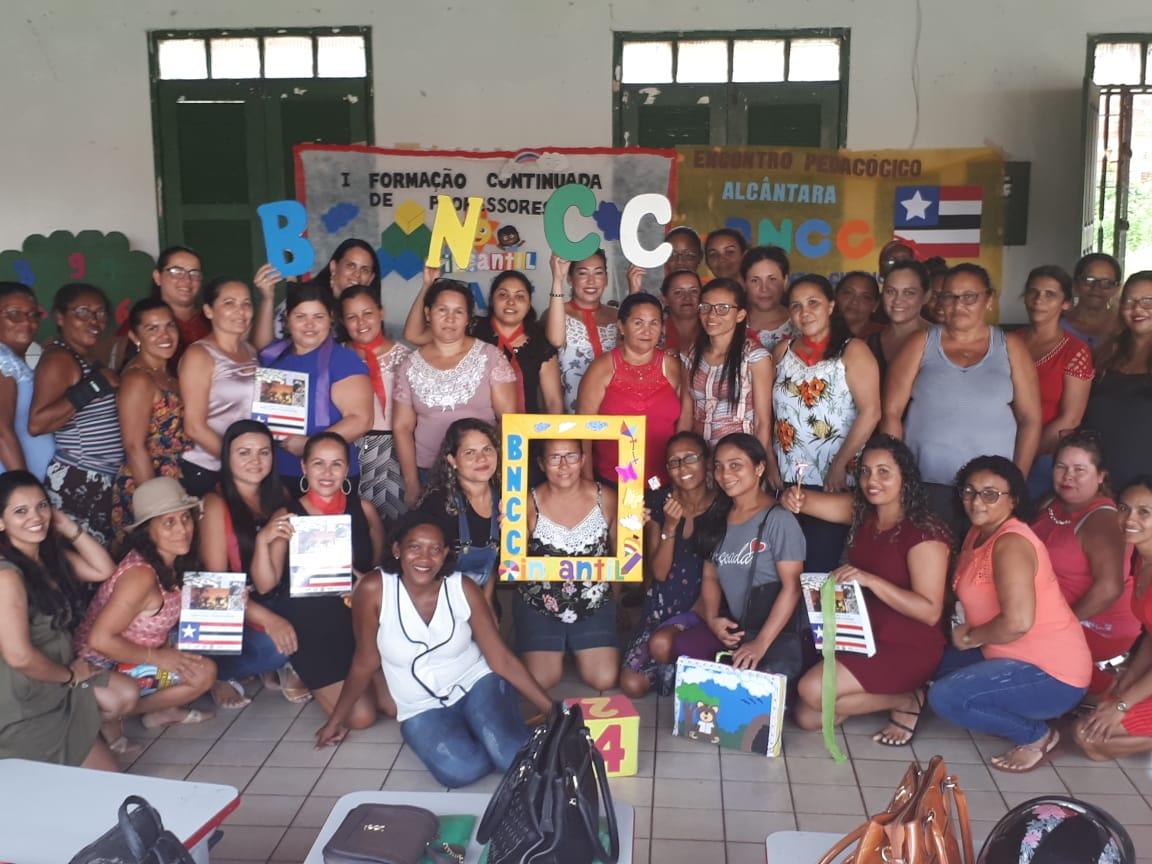 Photo of Prefeitura de Alcântara realiza curso de Formação de Professores
