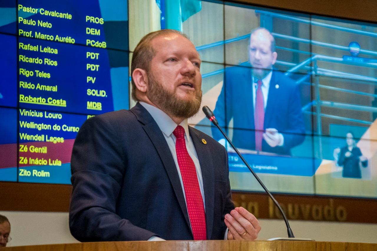 """Photo of """"Resultado da eleição mostrou o fortalecimento da Assembleia"""", diz Othelino Neto"""