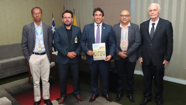 Photo of Correios lançará selo alusivo aos 400 anos da Câmara de São Luís