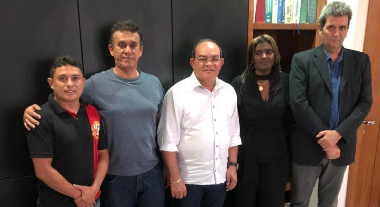 """Photo of """"Tem qualidades para ser o próximo prefeito de São José de Ribamar"""", diz advogada sobre Beto das Vilas"""