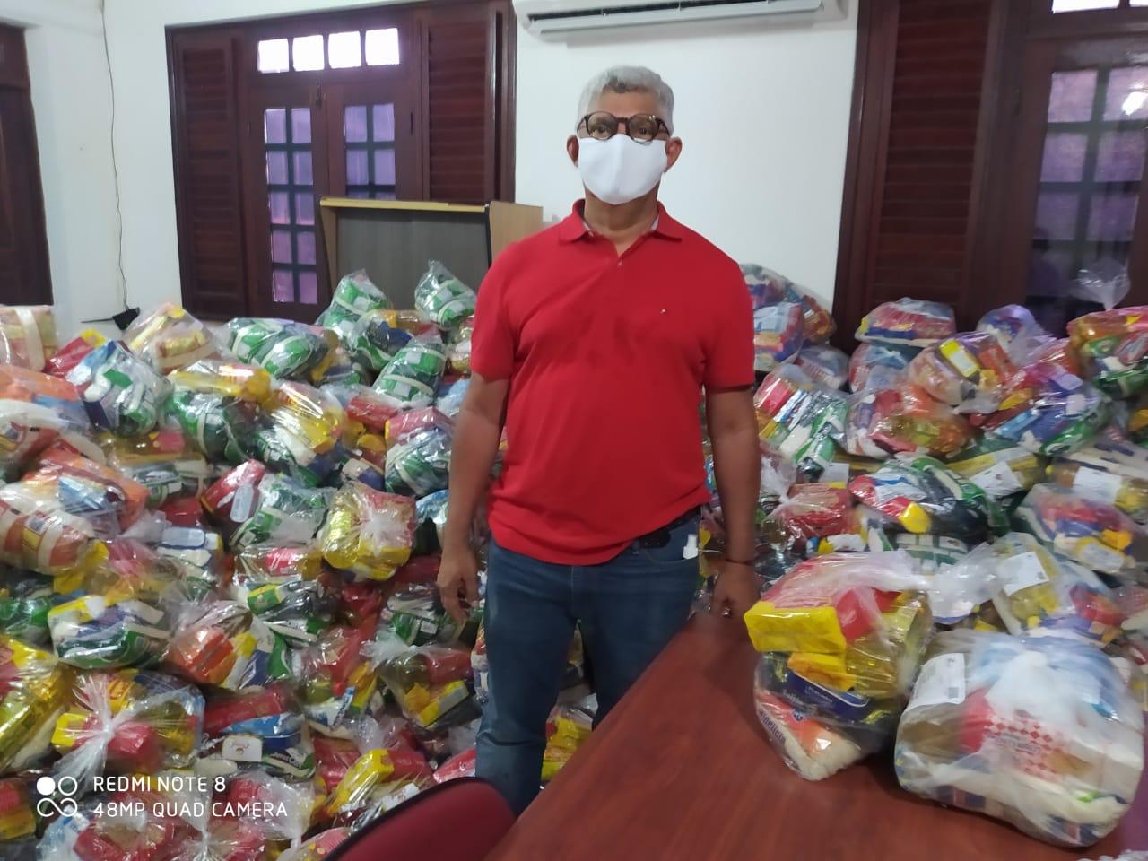 Photo of Prefeitura de Bequimão mantém entrega de cestas básicas para famílias carentes