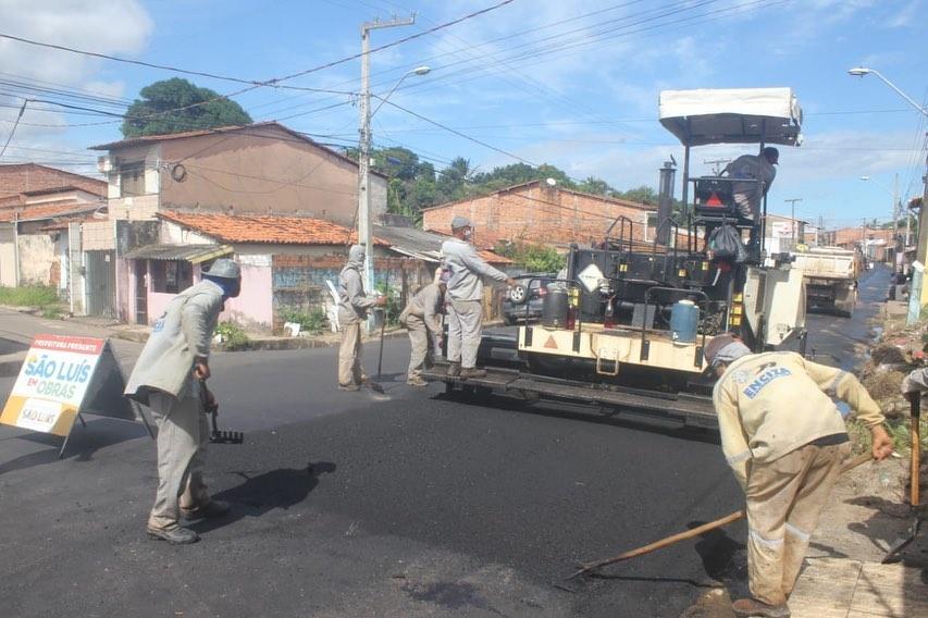 Photo of Fátima Araújo, solicita e Semosp pavimenta ruas no Santo Antônio e Pirapora