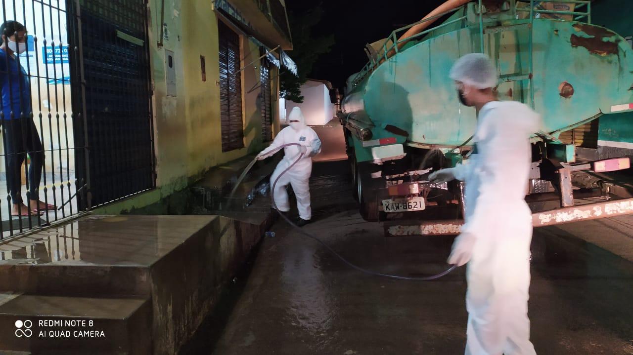 Photo of Prefeitura realiza mais uma etapa de desinfecção de espaços públicos em Bequimão-MA