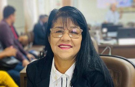 Photo of Fátima Araújo pede reforma da UEB Thomas de Aquino a Vila Lobão