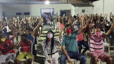 Photo of Fátima Araújo e Rubens Jr participam de reunião com moradores do bairro Pirapora